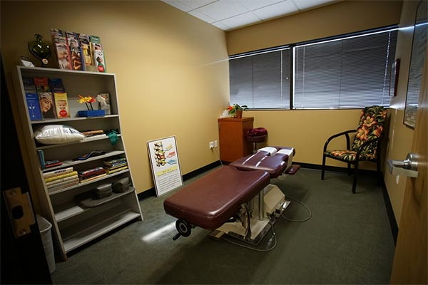 Massage Therapy Olympic Chiropractic, West Los Angeles, CA Pic